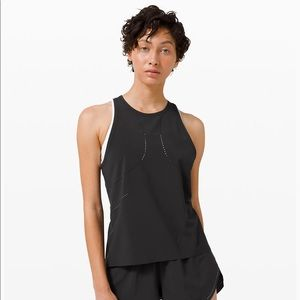 Lily lemon find your pace tank